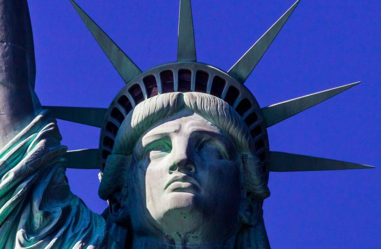 Al cui chip este reprezentat de Statuia Libertății?