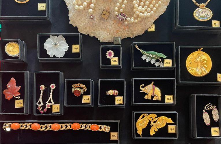 Licitație de Mărțișor: care sunt cele mai scumpe bijuterii?