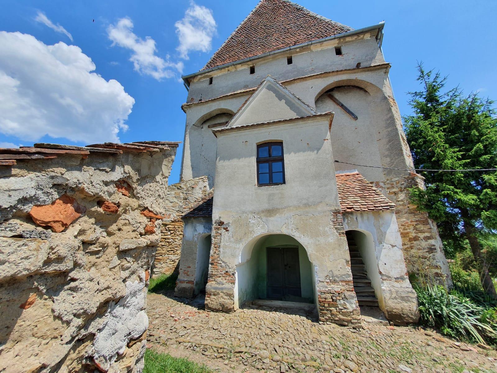 Bisericile fortificate din județul Brașov Selistat